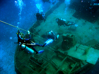 wreck dive in st maarten